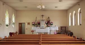 A kápolna részlete az oltárral