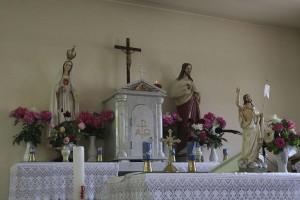 Az oltár Feltámadás és a Mennybemenetel között