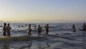 Genezáreti-tó. Fürödtünk Jézus tavában.