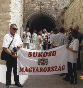 Jeruzsálem, Via Dolorosa. A IX. állomásnál.