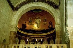 Tábor-hegy. Jézus Színeváltozása mozaik a Színeváltozás-bazilikában.